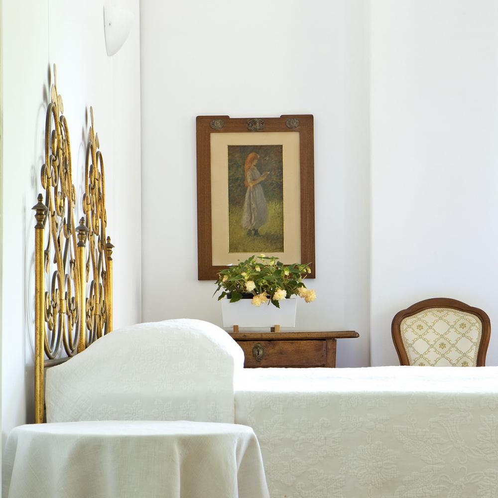 B&B Albaro dispone di una camera elegante con ampia balconata